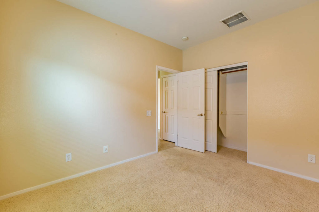 bedroom, closet, Corporate Photo, Photo Editing, Post-Production, Recap, Adobe Premiere, Editing, Photographer, Photographers in Las Vegas, professional Photography, Real estate, Real estate images, home, homes, houses, apartments, Real estate Photography,
